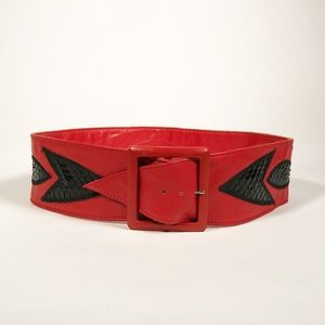 Amazing Vintage Wide 80's Leather Belt